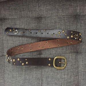 Lucky Brand brown stud waist belt Small